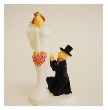 Knielen huwelijksaanzoek