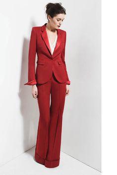 rood vrouwelijk trouwkostuum