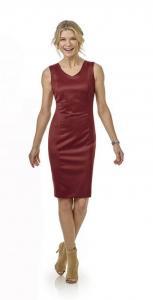 21 Op het lijf gemaakte jurk voor zakelijke en feestelijke momenten