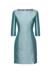 Feestelijk op maat gemaakt jurkje van Dupont zijde met bateau hals  (1)